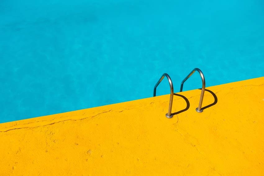 ¿Cómo ahorrar en el mantenimiento de piscina?