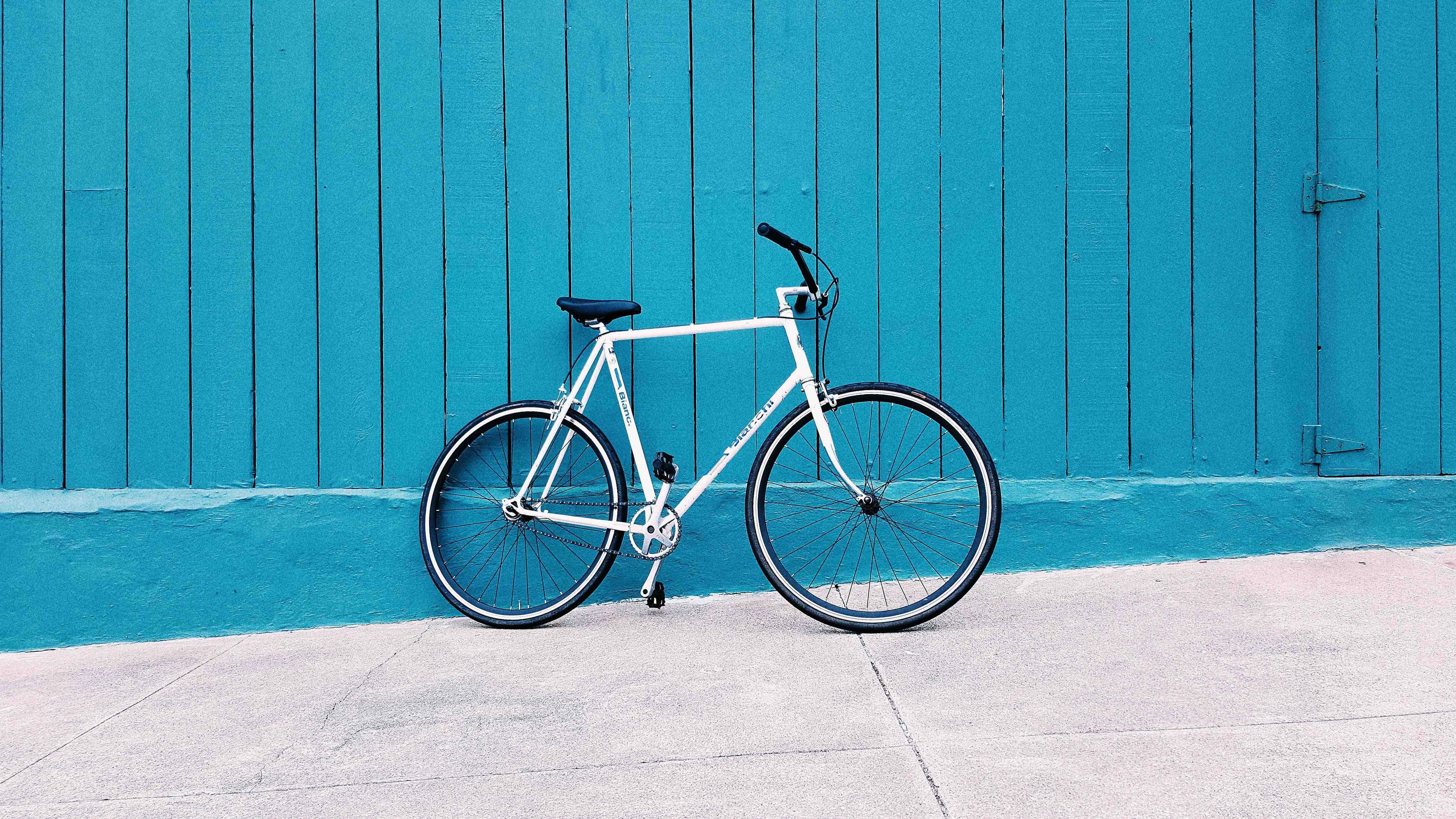 Cómo embalar bien una bicicleta antes de viajar en avión