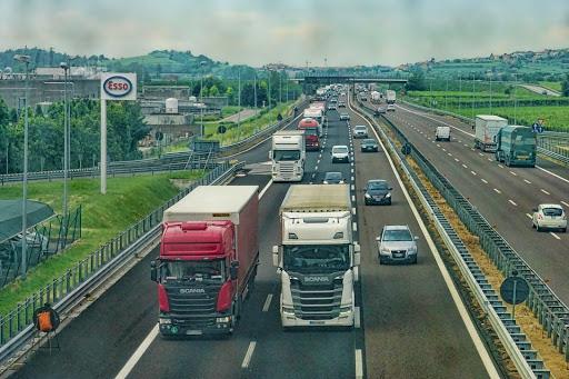 Camión de transporte: origen y evolución